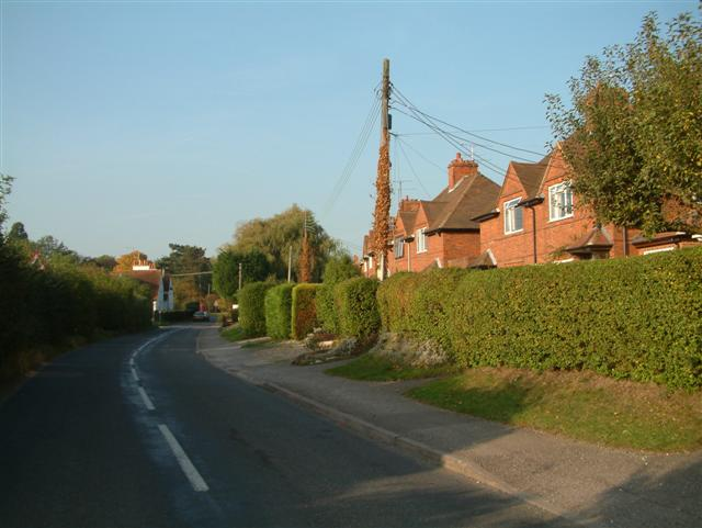The Road to Dunsden Green