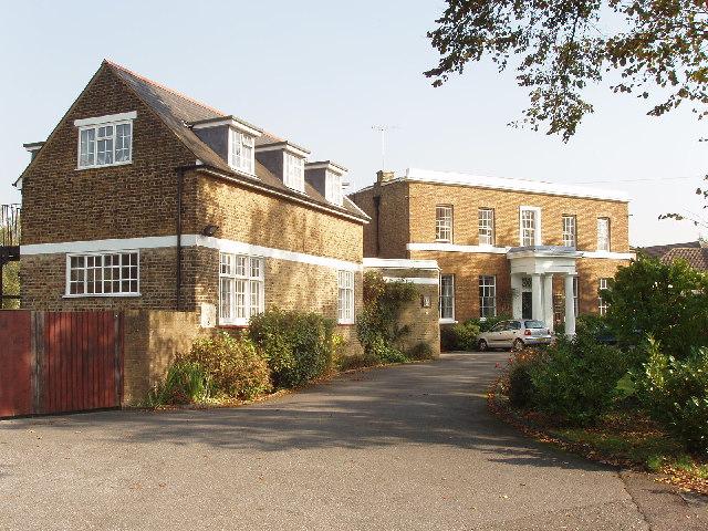 Carmelite Friars community, Finchley
