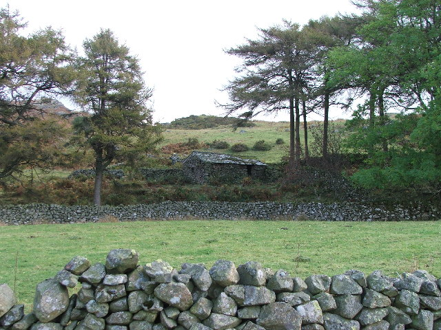 Small barn near between Ellerbeck Bridge and Birkerthwaite