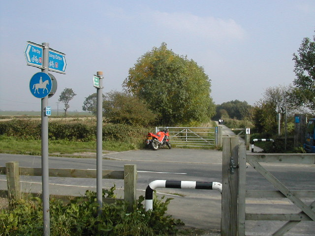 National Cycle route 6 crosses Hopewell Rd near Draycott