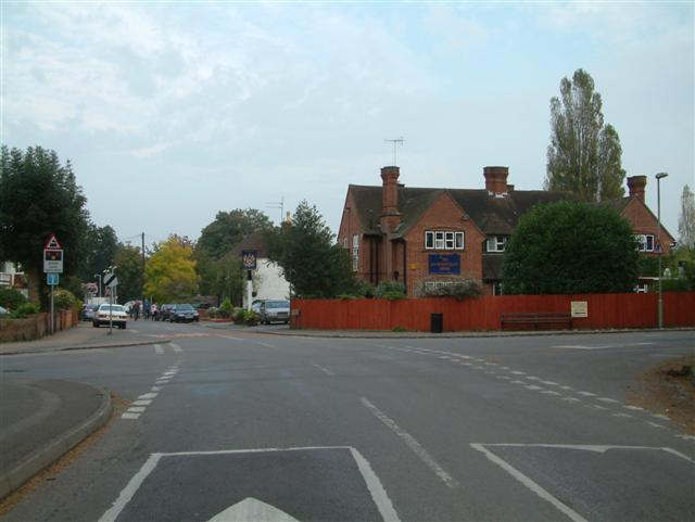 Station Road Crossroads, Lower Shiplake