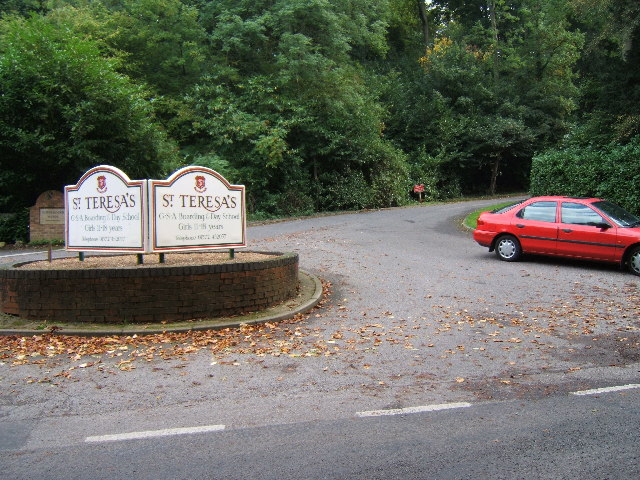 Critten Lane, Effingham - Entrance to St Teresa's School