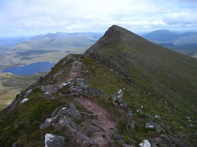 Sgurr an Tuill Bhain,  3,031 feet  (924m)