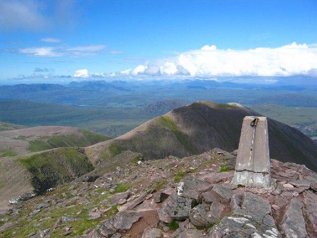 Bidein a Ghlas Thuill, 3,484 feet (1,062m)