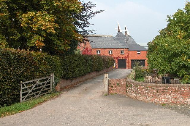 Hop kilns at Coldgreen Farm