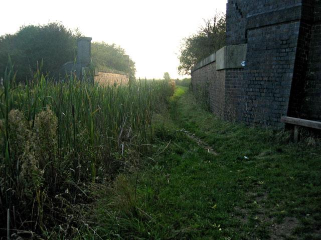 Dismantled bridge, Grantham Canal