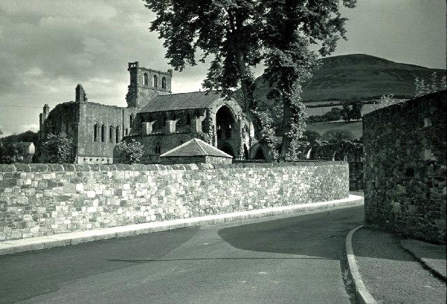Melrose Abbey and Eildon hills.