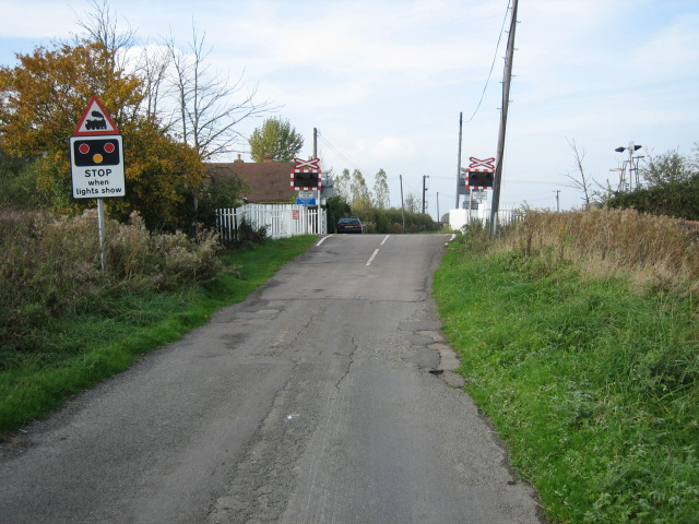 Railway crossing looking north