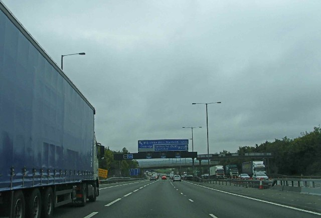 Approach to Junction 27 of M25