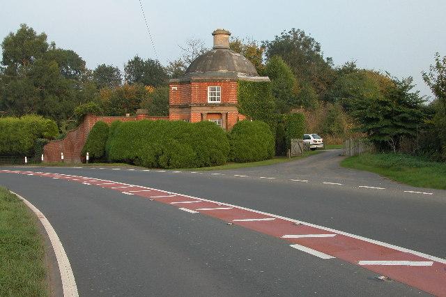 Gatehouse to Stoke Edith Park