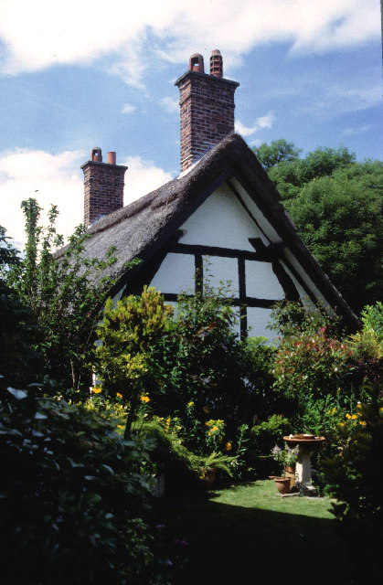 Cruck built cottage, Styal.