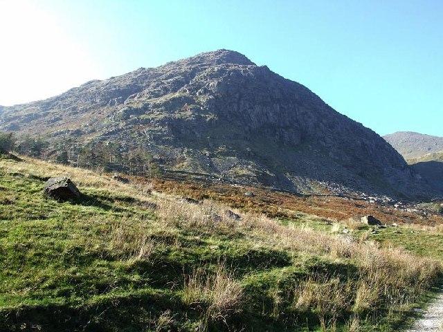 Rainsbarrow Crag