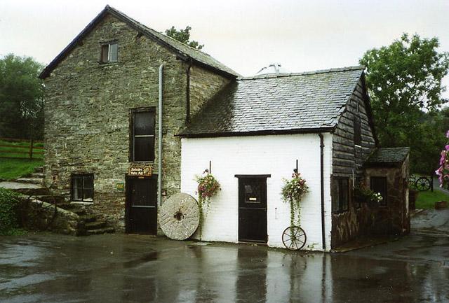 Church Stoke: Bacheldre Mill