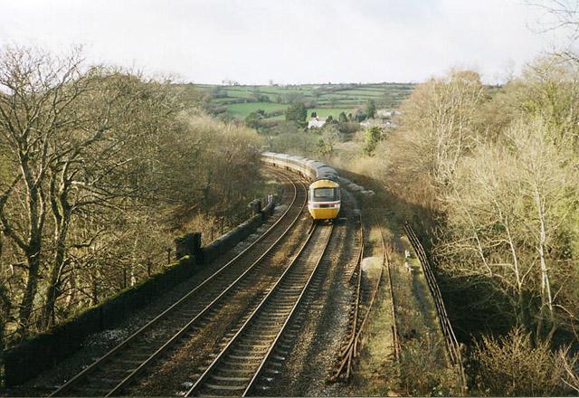South Brent: railway crossing the Avon