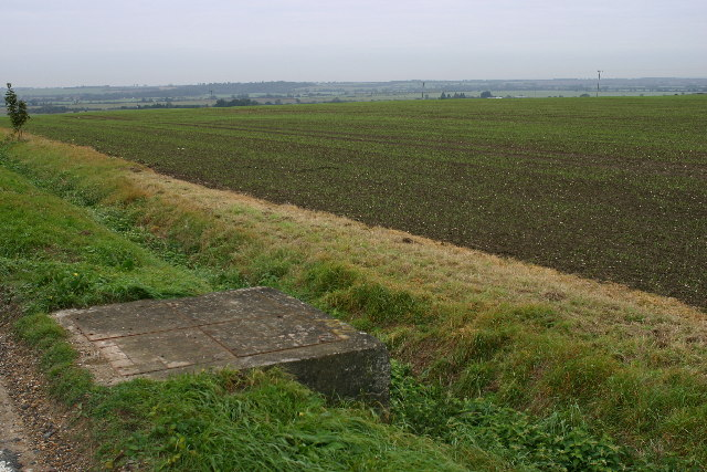 Large concave field