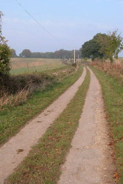 Little used country road to Temple Guiting