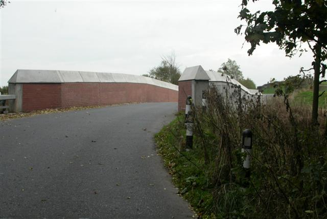 New railway bridge, old road