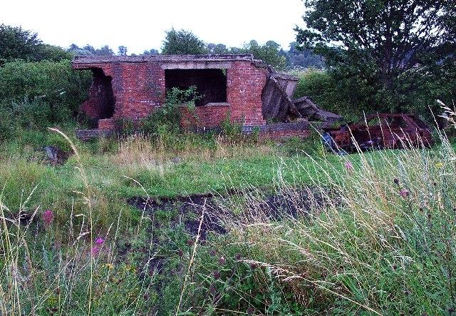 Ruin & Wrecks