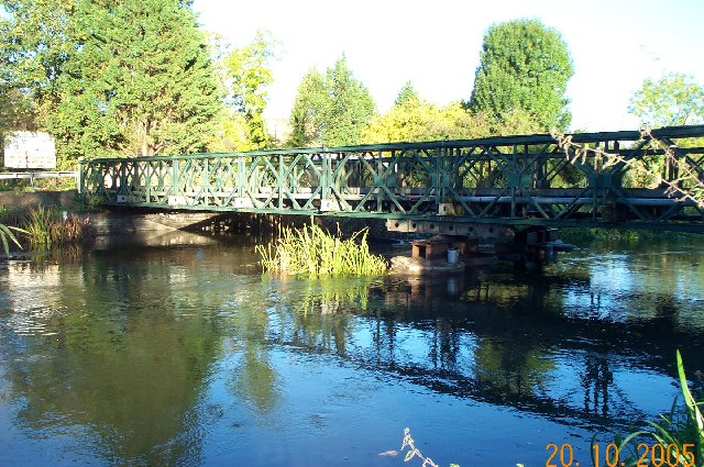 West Drayton: Bailey Bridge over the River Colne