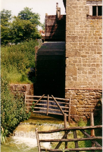 Water Wheel & Mill at The Weald & Downland Museum