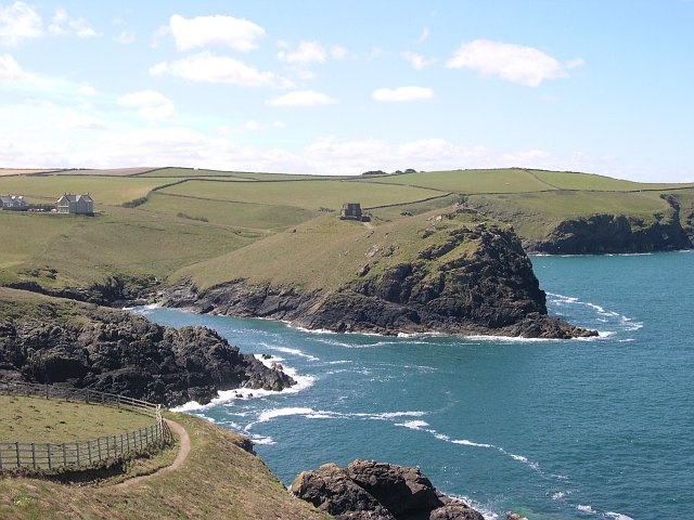 Across the entrance to Port Quin
