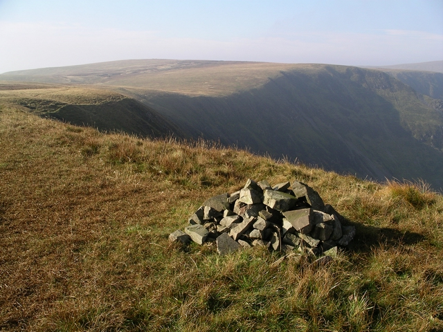 Cairn, Nether Coomb Craig