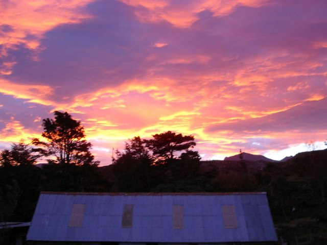 Sunrise in Londubh