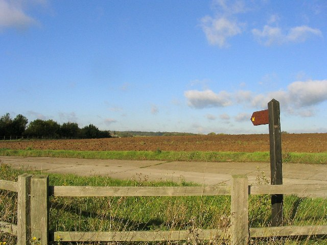 Bridleway near Galleywood, Essex