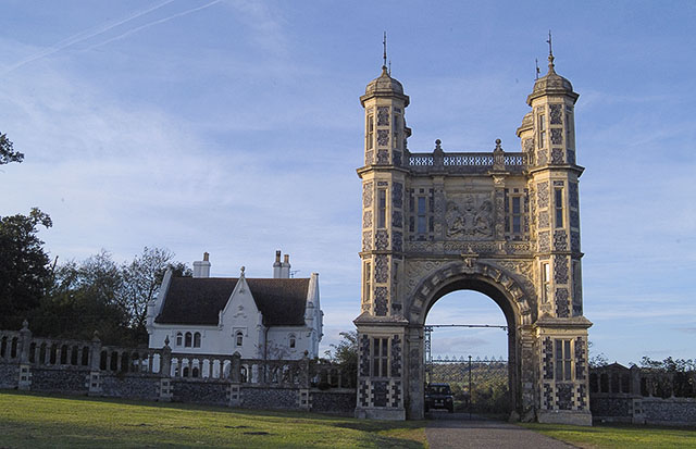 Gatehouse to Eastwell Park