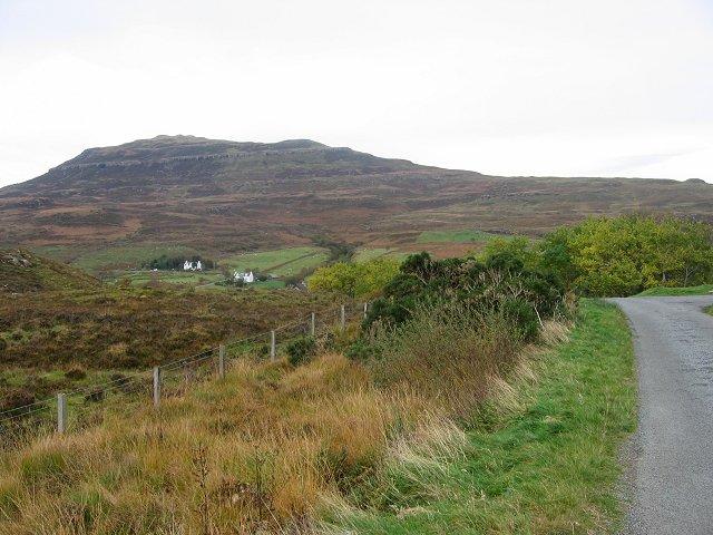 Road to Camastianavaig.