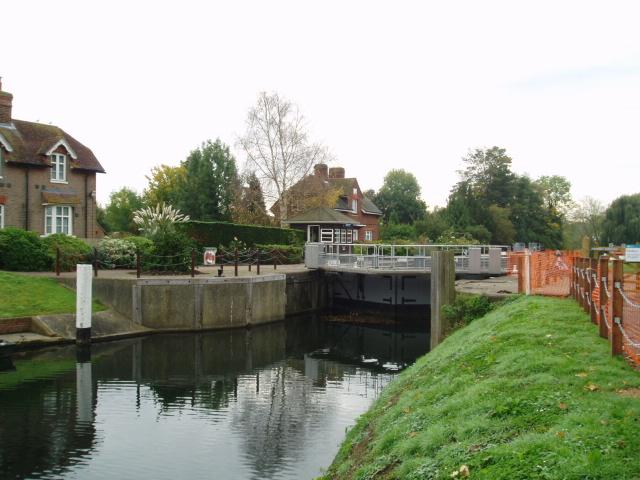 Ham Lock, New Cut, River Thames