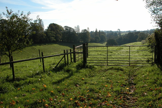 Gate in field near Herridge's Orchards