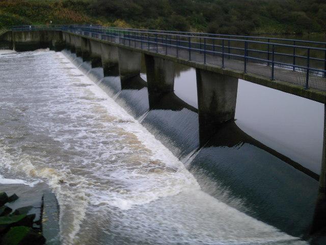 Wansbeck Weir Close-Up