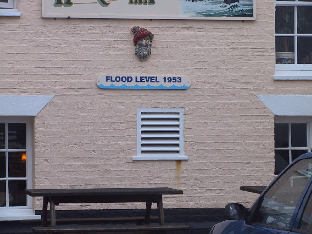 Flood levels on The Harbour Inn