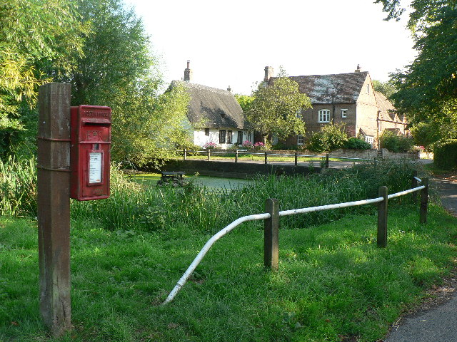 Little Ickford pond