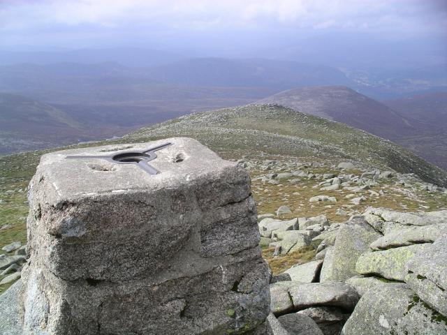 Cac Carn Beag (Lochnagar) : Munro No 21