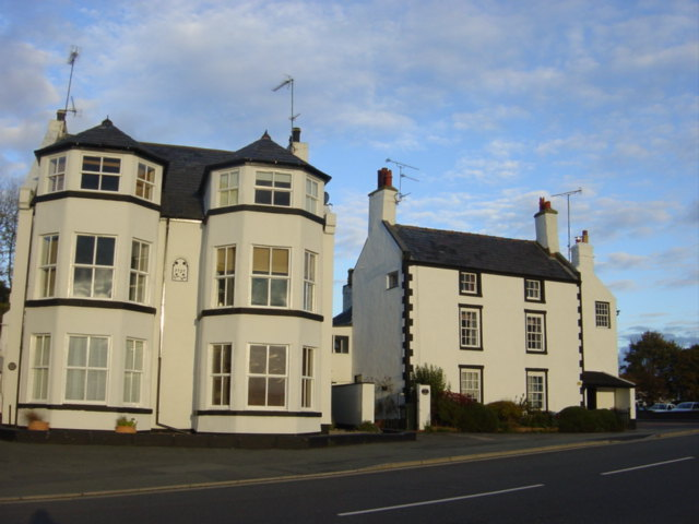 Houses on the promenade, Parkgate