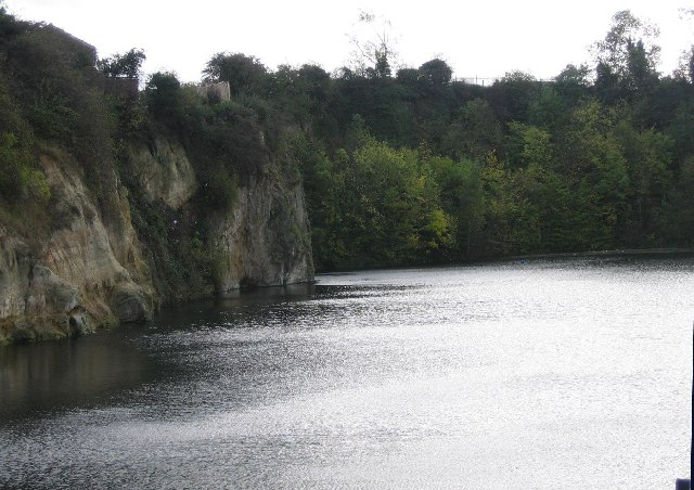 Dosthill Quarry