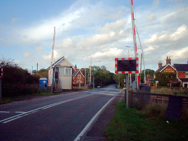 Holton-le-Moor Level Crossing
