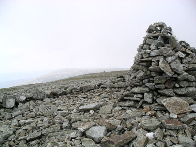 Cairn of Claise : Munro No 71