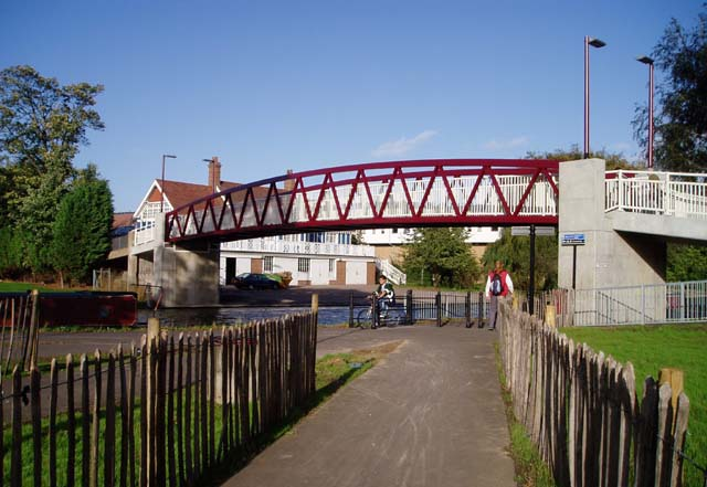 Cutter Ferry footbridge