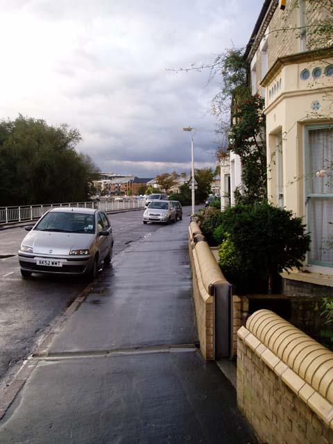 Flood protection on Riverside