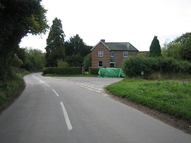 Road from Sparsholt looking south
