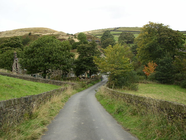 Tunnel End hamlet from Ainsley Lane