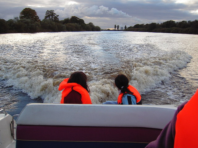 Autumn cruise on the River Ouse