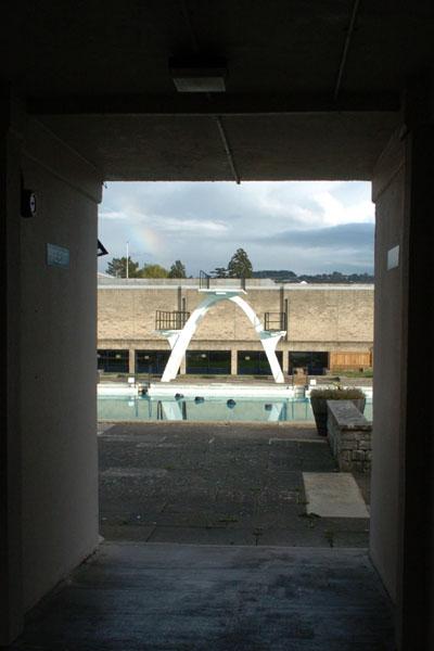 Stratford park lido nat bocking cc by sa 2 0 geograph - Stratford swimming pool opening times ...