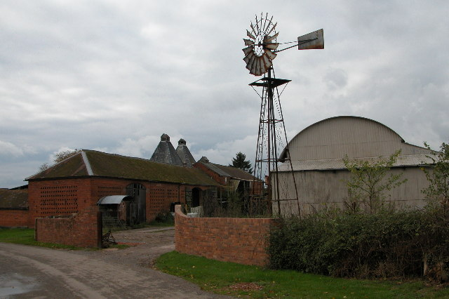 Windpump at Munsley Court