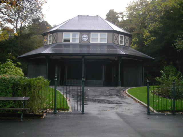 Saltwell Park Hut