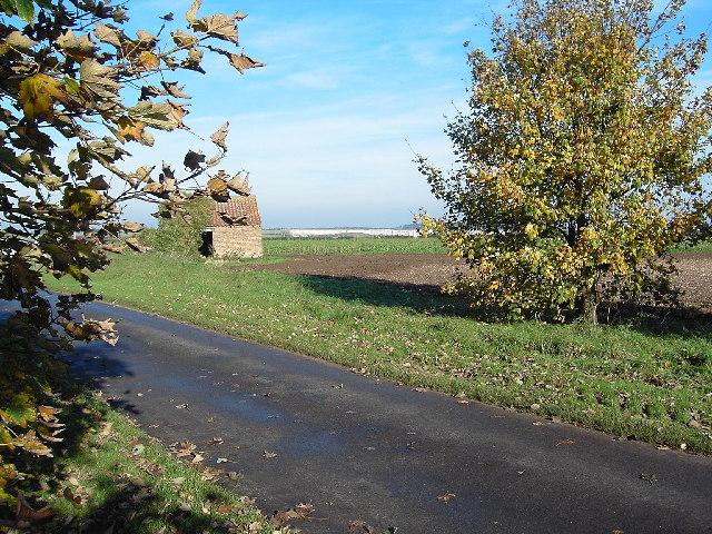 Derelict Farm Building near Glebe Farm