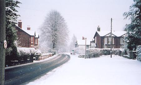looking east along whitbarrow road, lymm